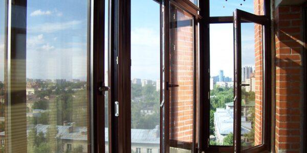 Балкон с ламинацией